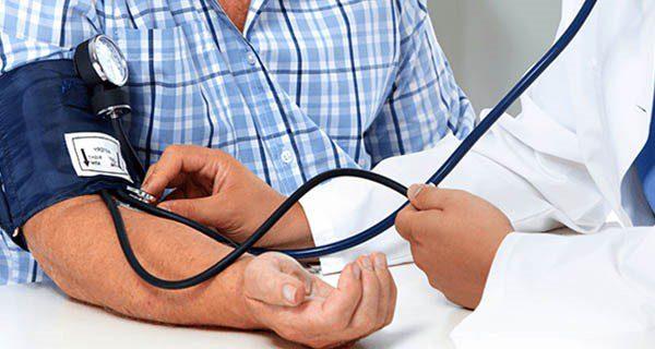 بررسی سوالات متعدد درباره فشار خون در افراد مختلف